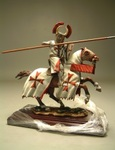Крестоносец  в съемном шлеме на коне