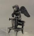 Ангел на скамейке